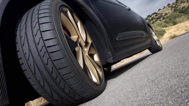 Những dấu hiệu dưới gầm ô tô cần được sửa chữa ngay - Ảnh 3.