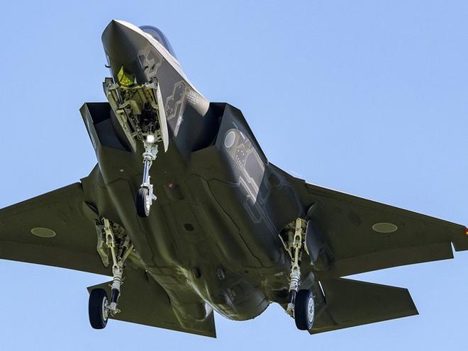 Mỹ, Nhật lo lắng tìm kiếm trong lúc tin đồn Trung Quốc đã có được xác chiếc F-35A - Ảnh 4.
