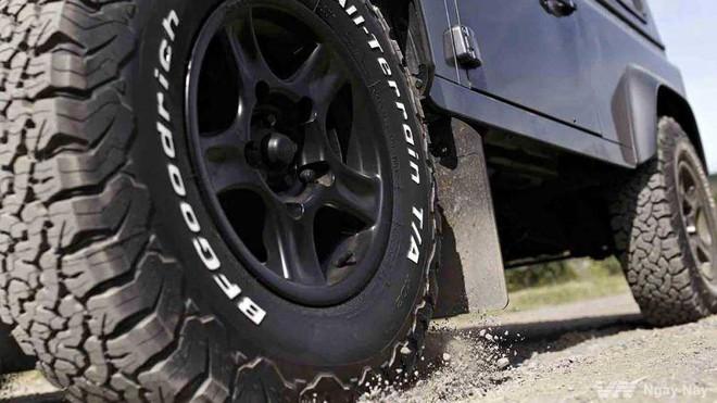 Những dấu hiệu dưới gầm ô tô cần được sửa chữa ngay - Ảnh 4.