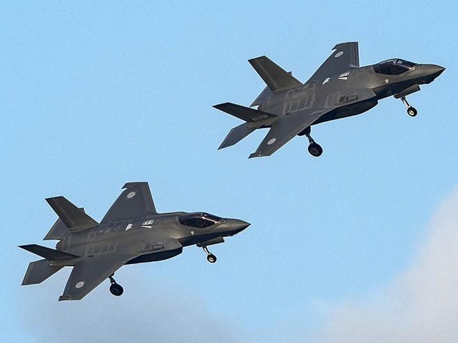 Mỹ, Nhật lo lắng tìm kiếm trong lúc tin đồn Trung Quốc đã có được xác chiếc F-35A - Ảnh 6.
