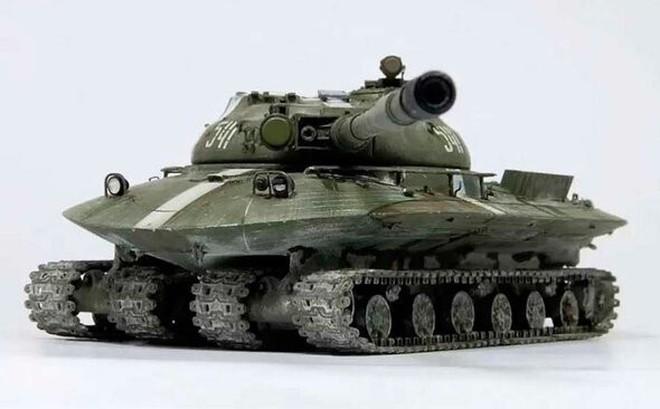 """Tại sao """"xe tăng lai đĩa bay"""" mạnh nhất thế giới lại bị Liên Xô loại bỏ không thương tiếc?"""