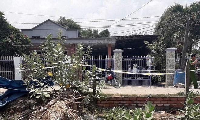 Vụ 3 người một nhà bị giết hại: Cửa các nhà hàng xóm cũng bị khóa ngoài trong phút định mệnh - Ảnh 1.