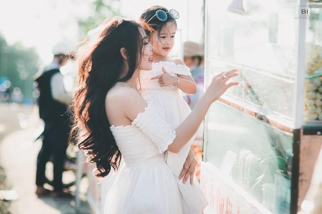 """Mẹ đơn thân 9x chia sẻ bí quyết nuôi dạy con ngoan, thông minh và xinh như búp bê khiến hội bỉm sữa ào ào bấm nút """"share"""" - Ảnh 4."""