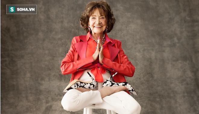 Chuyên gia Yoga 101 tuổi: 7 bí mật để lão hóa đi một cách duyên dáng, khỏe mạnh, lạc quan - Ảnh 6.