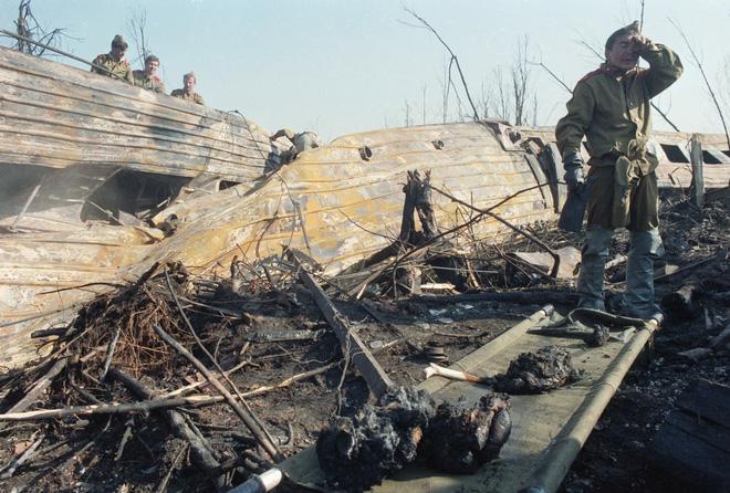 Bí mật vụ va chạm tử thần giữa không trung: 178 người chết, Liên Xô quyết định lạ lùng - Ảnh 12.