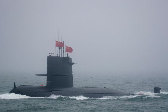 Diễu binh hải quân, Trung Quốc khoe khu trục hạm mới nhất - Ảnh 5.