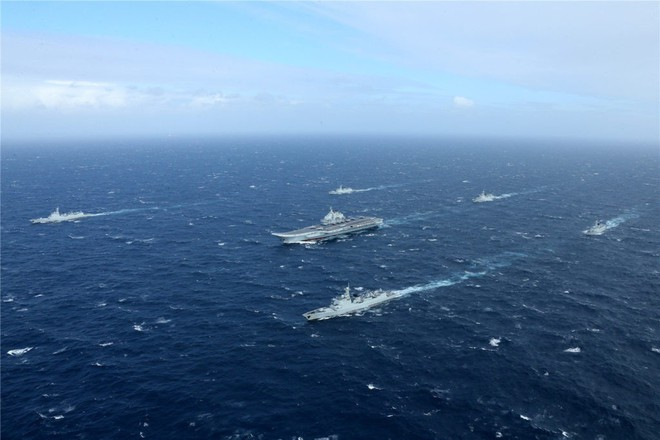 Trung Quốc - Kẻ ăn hôi vĩ đại: Mua tàu sân bay khủng với giá một vốn... bốn nghìn lời - Ảnh 9.