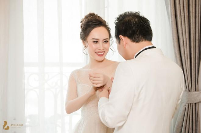 Toàn cảnh đám cưới ở Hà Nội của Giám đốc Nhà hát Kịch Hà Nội và hot girl 9X - Ảnh 3.