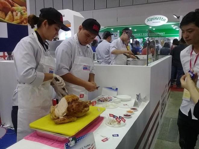 Một loạt công ty Mỹ tiếp thị kem, thịt bò... tại Việt Nam - Ảnh 1.