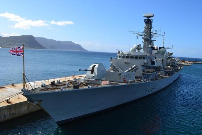 Sự khác nhau giữa khu trục hạm và khinh hạm: Không phải ai cũng biết - Ảnh 7.