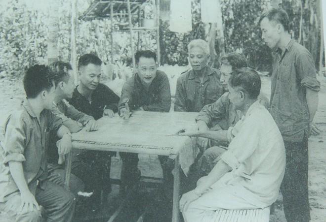 Đại tướng Phạm Văn Trà kể về lời thề giữ đảo của nguyên Bộ trưởng Quốc phòng Lê Đức Anh - Ảnh 4.