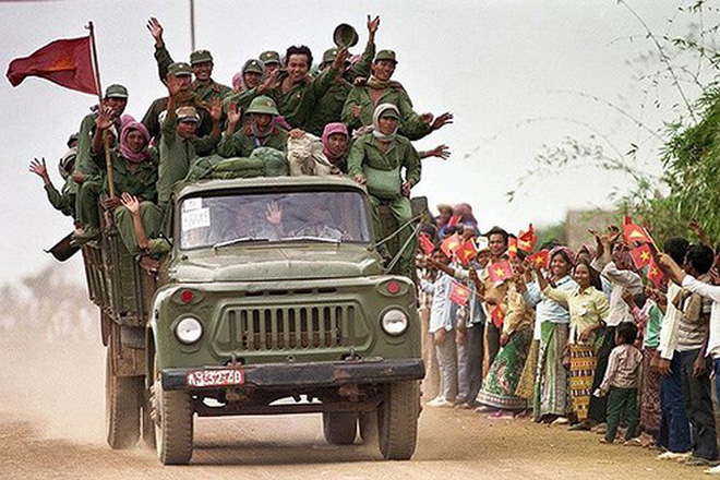 Chiến trường K: Đạn nổ ngay trong nòng, thần chết nghiệt ngã với lính tình nguyện Việt Nam - Ảnh 4.