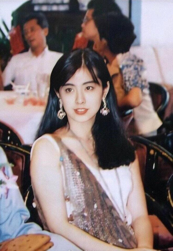 Vương Tổ Hiền thuở còn son: Mỹ nhân Hàn cảm thấy có lỗi khi được so sánh, chuyên gia makeup kinh ngạc với mặt mộc - Ảnh 2.