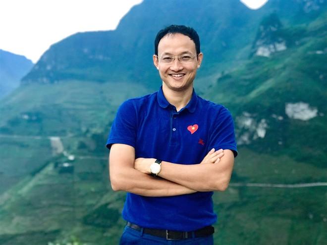 Bác sĩ nghìn like dạy con trai: Không bao giờ để cuộc đời mình phụ thuộc hoàn toàn vào một nguồn thu nhập - Ảnh 2.