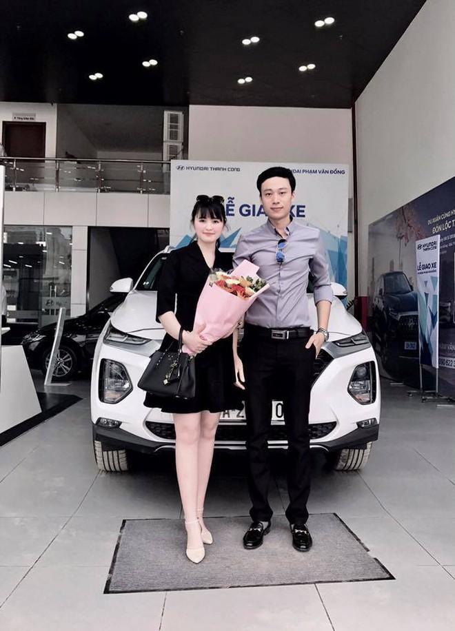 27 tuổi đã có công ty riêng, mẹ nuôi 9X của em bé Lào Cai tậu được cả ô tô tiền tỷ khiến bao người trầm trồ - Ảnh 2.