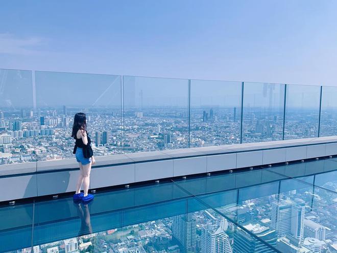 Dân tình hốt hoảng với sàn kính cao ở độ cao trên 300m ngắm trọn cảnh thủ đô Bangkok - Ảnh 17.
