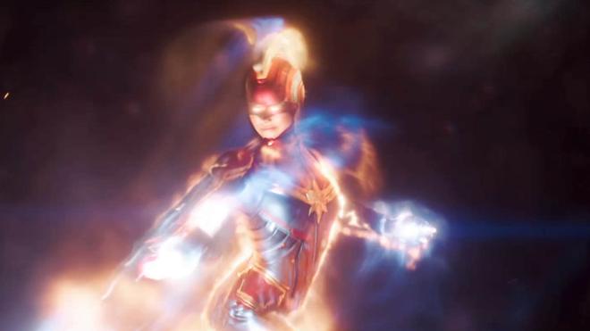 Thu 1,2 tỷ đô la sau 3 ngày công chiếu, Avengers: Endgame vẫn mắc nhiều sạn cực phi lý - Ảnh 2.
