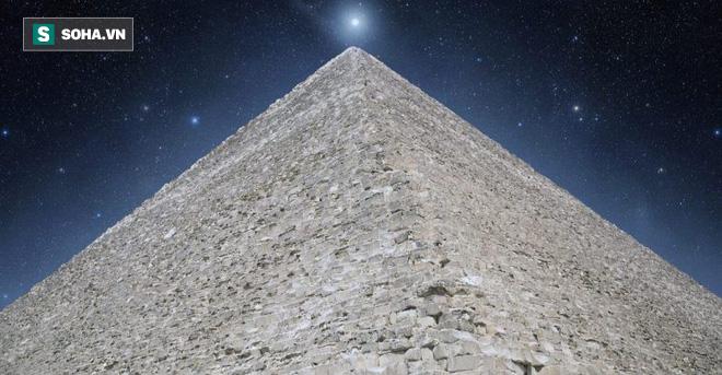 Đặc điểm nhiều người lầm tưởng nhất về Kim tự tháp Giza: Chỉ có 4 mặt? - Ảnh 2.