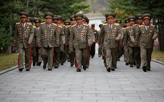 Mỹ-Hàn căng thẳng tột độ: Lo Triều Tiên phóng tên lửa trước lễ kỷ niệm trọng đại nhất trong năm - Ảnh 1.