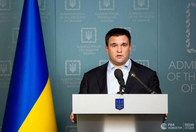 Quan hệ Nga-Ukraine sẽ ra sao nếu danh hài Zelensky làm Tổng thống? - Ảnh 1.