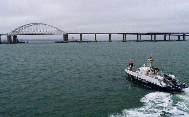 NATO tuyên bố đảm bảo cho tàu Ukraine đi lại tự do qua Eo biển Kerch