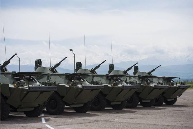 Nga tặng không xe thiết giáp nâng cấp cho quốc gia láng giềng - Ảnh 2.