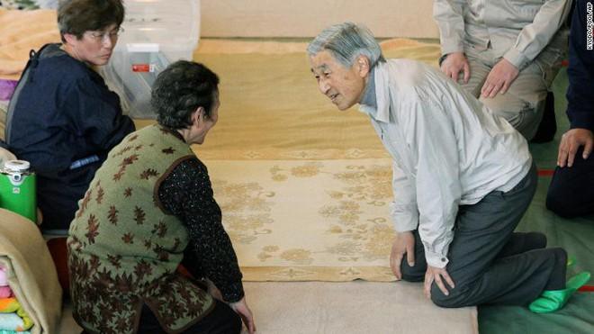Nhật Bản đếm ngược sự kiện 200 năm có một: Nhật hoàng Akihito đã bắt đầu nghi thức thoái vị - Ảnh 13.
