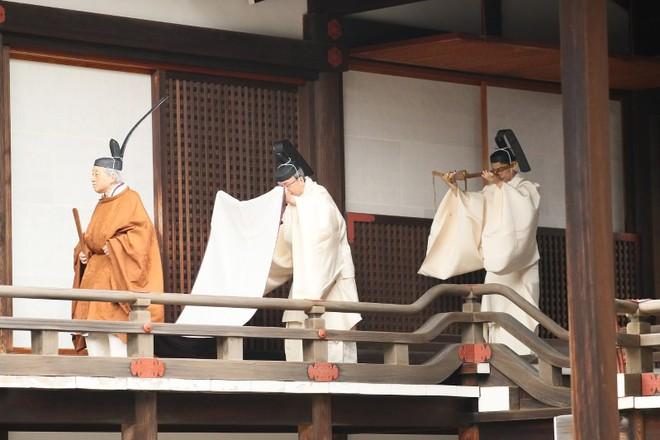 Nhật Bản đếm ngược sự kiện 200 năm có một: Ngày cuối cùng bận rộn của triều đại Heisei - Ảnh 1.