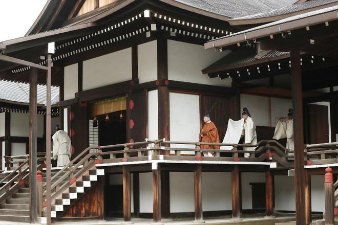 Nhật Bản đếm ngược sự kiện 200 năm có một: Ngày cuối cùng bận rộn của triều đại Heisei - Ảnh 2.