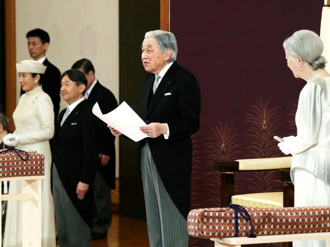 Nhật hoàng Akihito tuyên bố chính thức thoái vị, gửi lời chúc hòa bình tới thế giới - Ảnh 3.