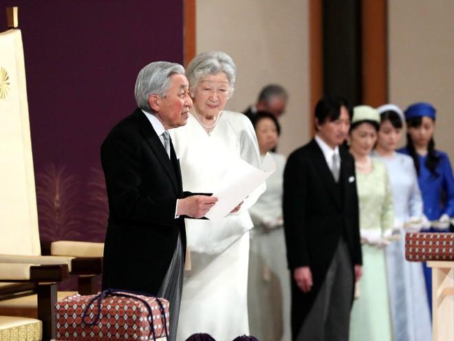 Nhật hoàng Akihito tuyên bố chính thức thoái vị, gửi lời chúc hòa bình tới thế giới - Ảnh 4.
