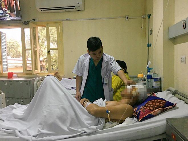 Bất cẩn nam thanh niên đã gặp tai nạn kinh hoàng dị vật đâm xuyên thẳng vào não - Ảnh 1.