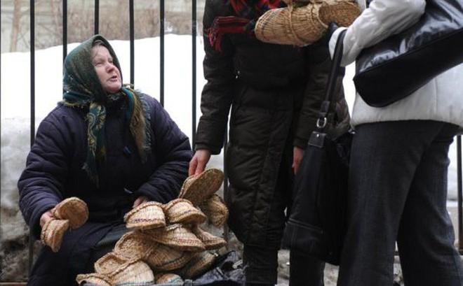 """Công bố kết quả khảo sát gây sốc về dân nghèo ở Nga: Kremlin choáng váng, """"không thể hiểu nổi""""!"""