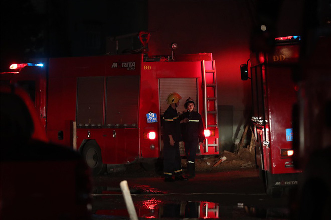 Cháy ở Bệnh viện Nhi Trung Ương Hà Nội, bệnh nhân hoảng loạn tháo chạy - Ảnh 3.