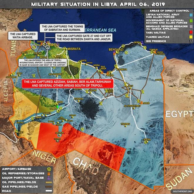 Lò lửa Libya chính thức bùng nổ - Chiến tranh lan rộng khắp, LHQ sơ tán khẩn cấp - Ảnh 13.