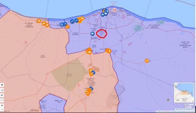 Lò lửa Libya chính thức bùng nổ - Chiến tranh lan rộng khắp, LHQ sơ tán khẩn cấp - Ảnh 15.