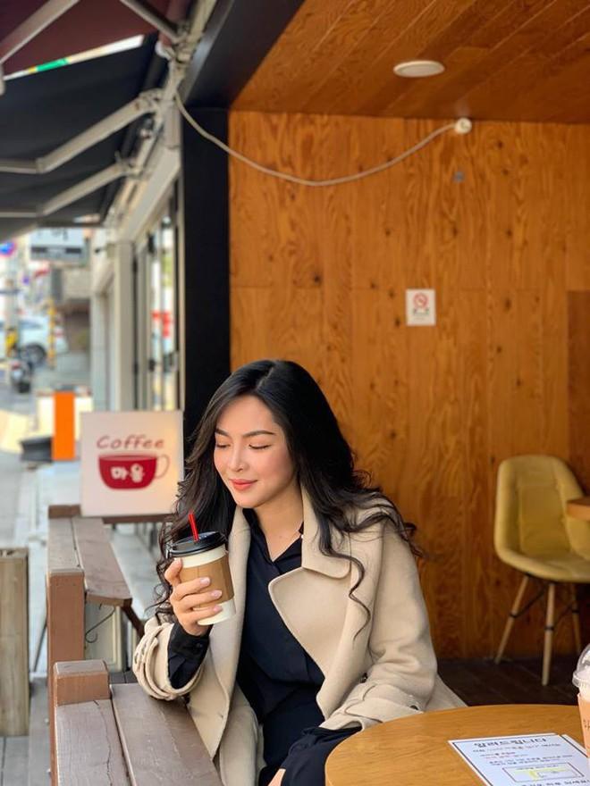 Hot girl thẩm mỹ Vũ Thanh Quỳnh sau 4 năm thay diện mạo đổi cuộc đời: Đã giàu có hơn, vẫn lẻ bóng đợi chân ái - Ảnh 18.