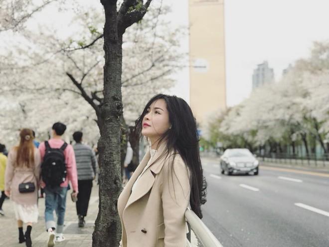 Hot girl thẩm mỹ Vũ Thanh Quỳnh sau 4 năm thay diện mạo đổi cuộc đời: Đã giàu có hơn, vẫn lẻ bóng đợi chân ái - Ảnh 28.