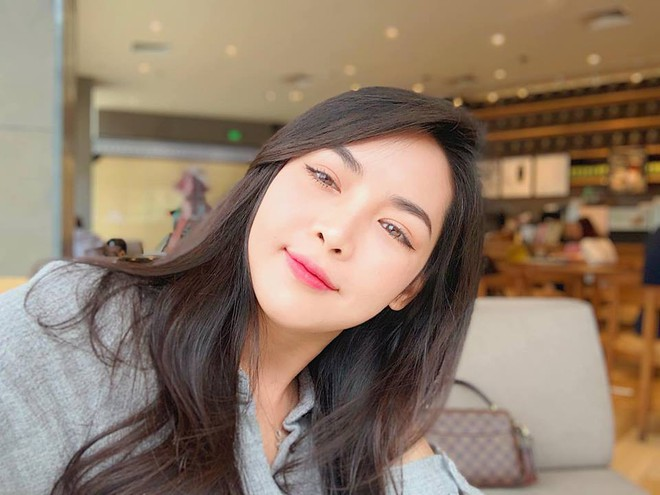 Hot girl thẩm mỹ Vũ Thanh Quỳnh sau 4 năm thay diện mạo đổi cuộc đời: Đã giàu có hơn, vẫn lẻ bóng đợi chân ái - Ảnh 34.