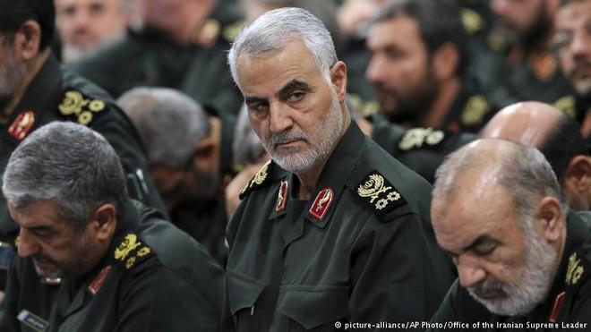 Vệ binh Cách mạng Hồi giáo, đội quân quyền lực hơn cả Quân đội chính quy Iran - Ảnh 3.