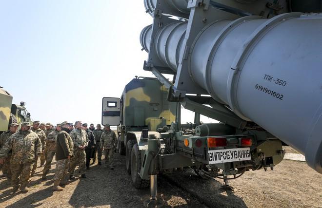 Tàu chiến Nga hãy đợi đấy: Ukraine bắn thử thành công tên lửa bờ mới - Niềm tự hào lớn! - Ảnh 9.