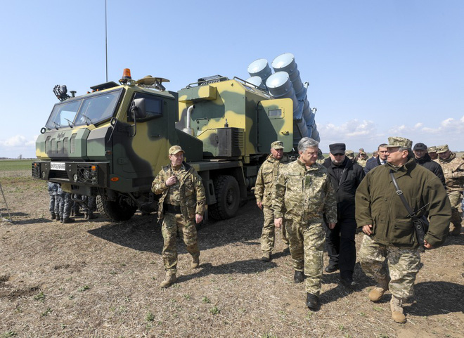Tàu chiến Nga hãy đợi đấy: Ukraine bắn thử thành công tên lửa bờ mới - Niềm tự hào lớn! - Ảnh 3.