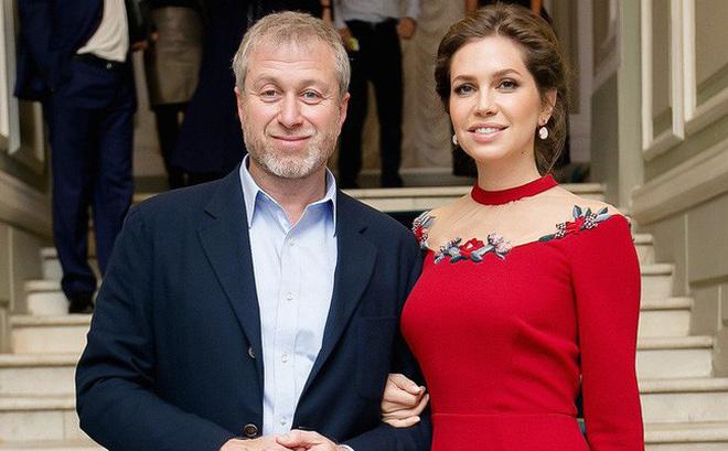 """""""Điều kì lạ"""" khiến bao người phải ngạc nhiên và thán phục sau cuộc ly hôn của vợ chồng tỷ phú Nga"""