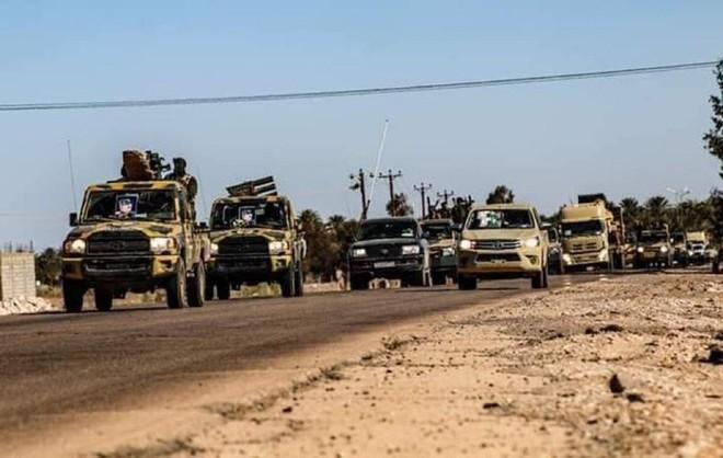 Thủ đô Libya nguy ngập, Mỹ khẩn cấp rút lui - Thương vong lớn, Liên hợp quốc ra yêu cầu đặc biệt - Ảnh 7.