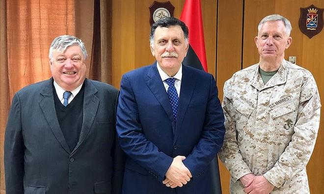 Mỹ sơ tán quân khỏi Libya - Ảnh 2.