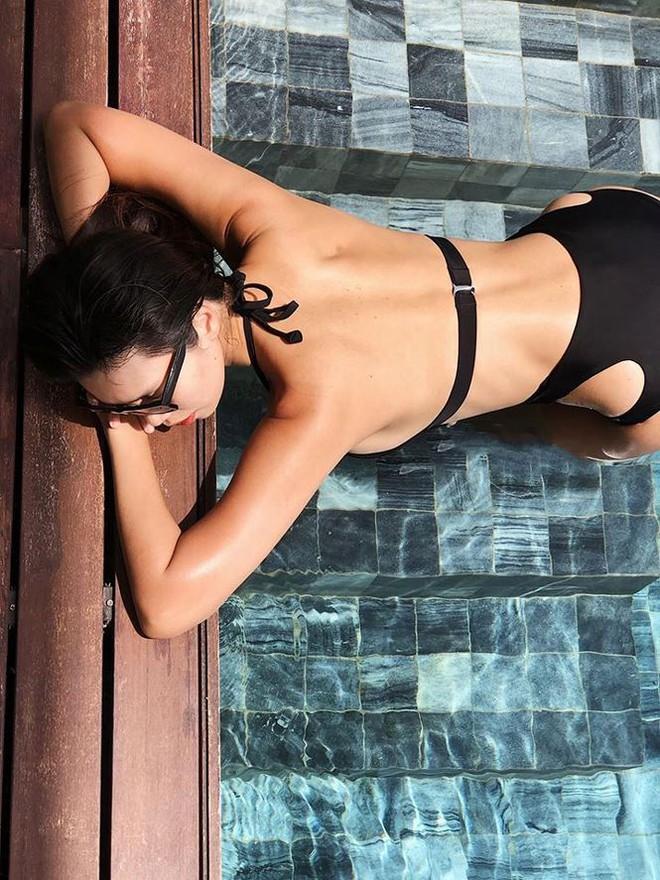 Hà Anh khoe dáng cực nóng bỏng với bikini sau 9 tháng sinh con - Ảnh 3.