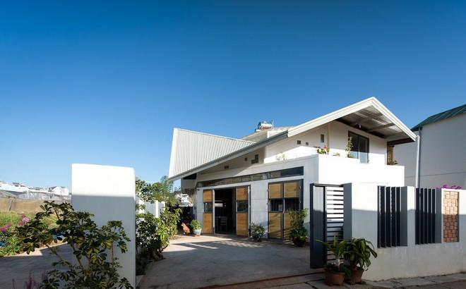 Thiết kế lạ khiến căn hộ này ở trong nhà nhưng cũng có cảm giác như đang ngoài trời