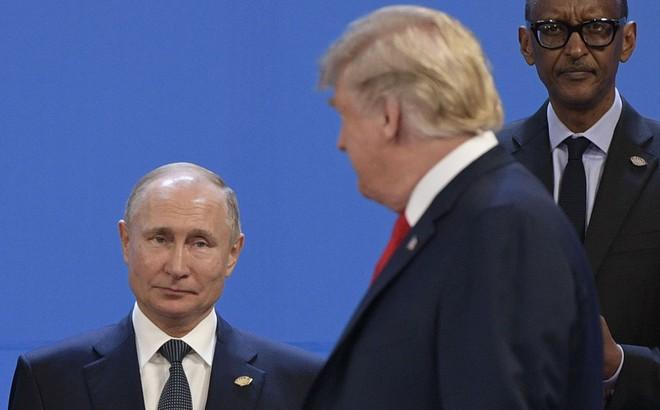 """""""Ván cược lớn"""" của Tổng thống Putin ở Venezuela giữa lúc Mỹ, NATO bối rối"""
