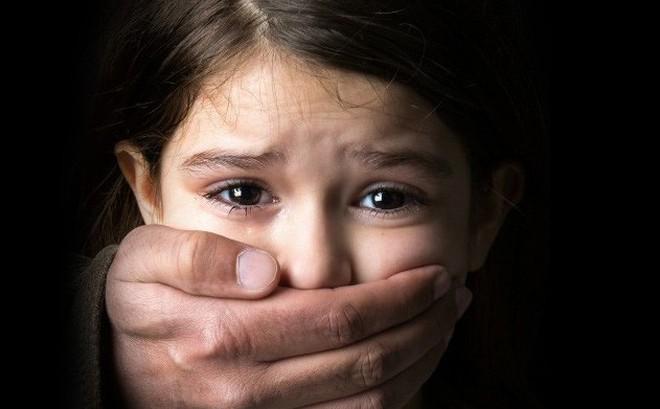 Kết quả hình ảnh cho Paedophilia (chứng ấu dâm)