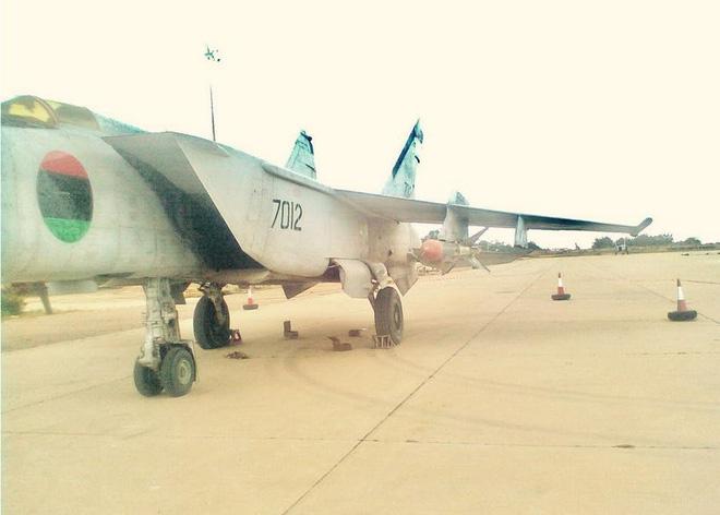 Tương quan sức mạnh 2 lực lượng không quân đang đối địch nhau ở Libya - Ảnh 2.